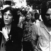Pete Missing and Patti Smith - Central Park NYC 1977