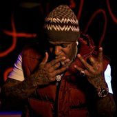 birdman-smoking-blunt-13e74e2ad3fd1de96be1a745d473802b-large-966437.jpg