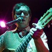 Lerbs Lerbs mit Gitarre