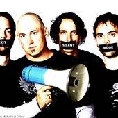 megaphone: Matt Bloodwell, Paul Smith, Scott Smith, James Woodrich