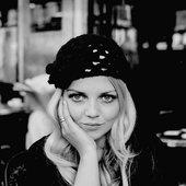 Scarlett Nina