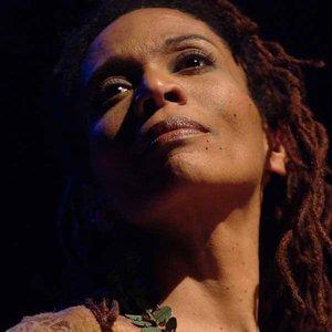 Bild für 'Leena Conquest'