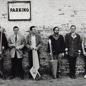 Imagem de 'Nihilist Spasm Band'