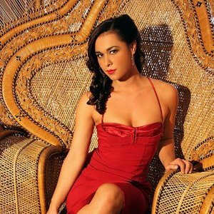 Bild für 'Amber Ojeda'