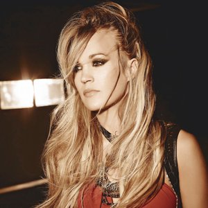 """Carrie Underwood""的封面"