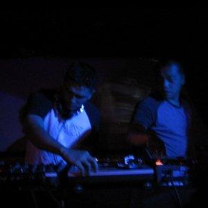 Bild für 'GT vs Project C feat DJ Moo'