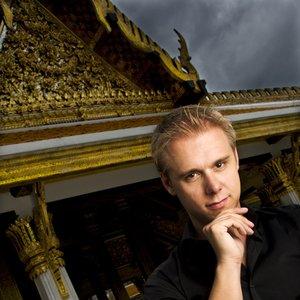 Imagem de 'Armin van Buuren'