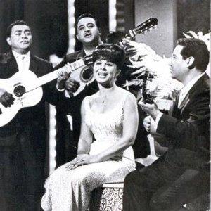 """""""Eydie Gorme Y Trio Los Panchos""""的封面"""