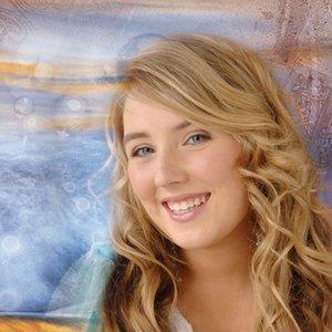 Bild für 'Chloë Agnew'