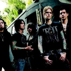 """Buckcherry""的封面"