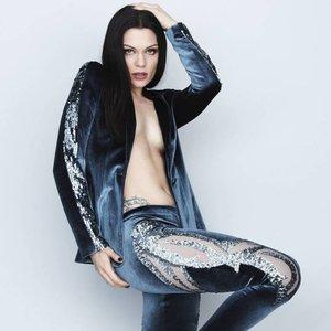 """Jessie J""的封面"