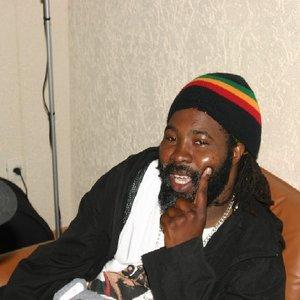 Bild för 'Elijah Prophet'