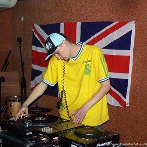 Image for 'DJ Валик'