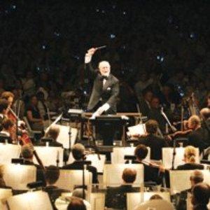 """John Williams and the Boston Pops Orchestra""的封面"