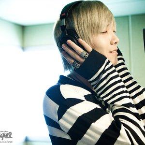 Image for 'Lee Hong Ki (이홍기) ft. Jung Hwa Young (정용화)'