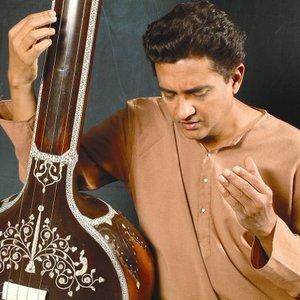 Immagine per 'Ashish Sankrityayan'