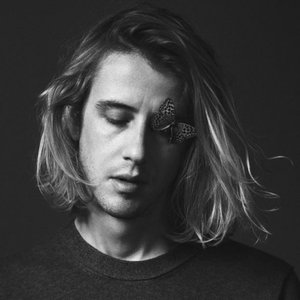 Immagine per 'Christopher Owens'