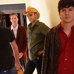 Bild för 'The Sundogs'