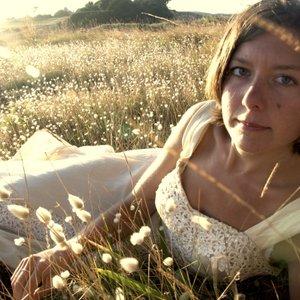 Image pour 'Emily Portman'