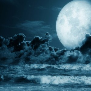 Image for 'Reaching the Moon'