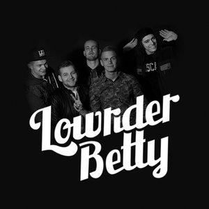 Bild för 'Lowrider Betty'