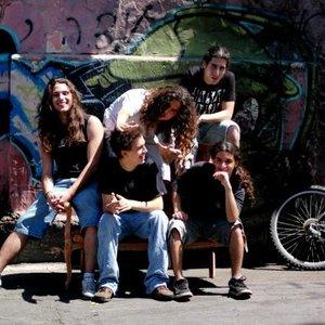 Bild för 'RockVeiler'