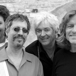Image for 'Ian McLagan & The Bump Band'