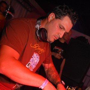 Image for 'DJ Narotic VS Lenny Dee'