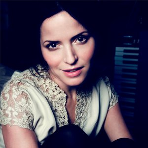Image for 'Andrea Corr'