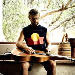 Image for 'Xavier Rudd'