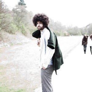 Bild för 'Rilan & The Bombardiers'