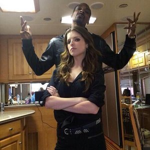 Image for 'Snoop Dogg & Anna Kendrick'