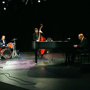 Image for 'The Overton Berry Trio'