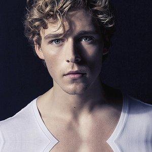 Bild för 'Christopher'