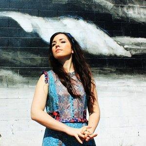 Bild för 'Lauren Shera'