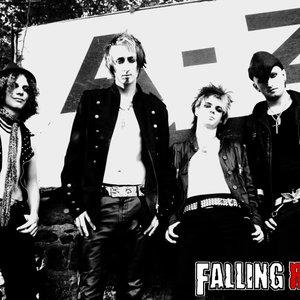 Bild för 'Falling Red'