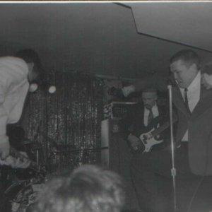 Bild für 'Back Of Dave'