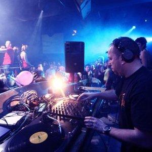 Imagen de 'DJ Mary'