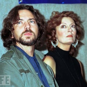 Image for 'Eddie Vedder & Susan Sarandon'
