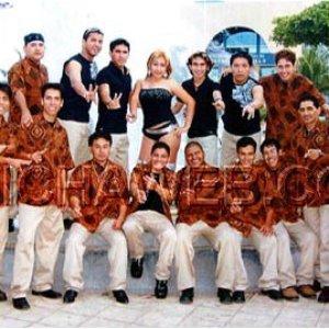 Image for 'grupo kaliente'