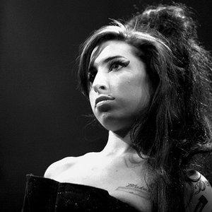Bild för 'Amy Winehouse'