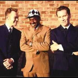 Image for 'Pato Banton With Robin & Ali Campbell'