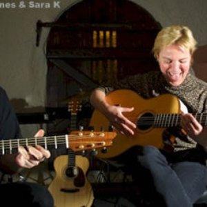 Image pour 'Sara K. & Chris Jones'