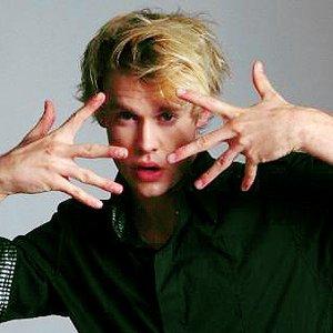Image for 'Dustin Walker'