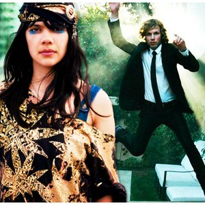 Imagem de 'Beck and Bat For Lashes'