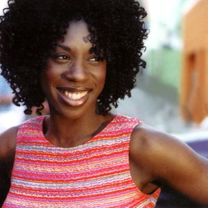 Bild för 'Heather Small'