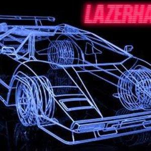 """Lazerhawk""的封面"