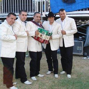 Image for 'Los Nuevos Rebeldes'