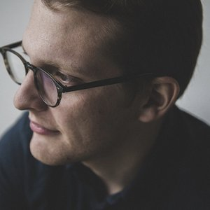 Bild för 'Floating Points'
