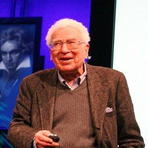 Image for 'Murray Gell-Mann'